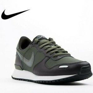 9.5 NEW Nike Men's Air Vortex Running Shoes KHAKI